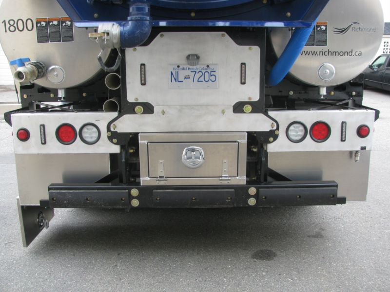 custom toolbox added to truck, Hi-Lite Truck Accessories, Surrey BC